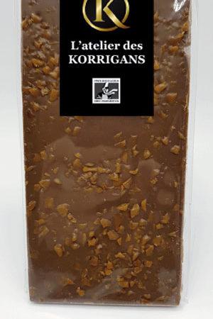 L'Atelier des Korrigans - Fournisseur Chocolat bio - Tablette de Chocolat au lait aux aux Pépites de Caramel